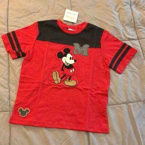 Hanna Andersson Disney t-shirt